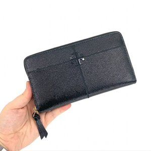 TORY BURCH Zip Black Leather Continental Wallet